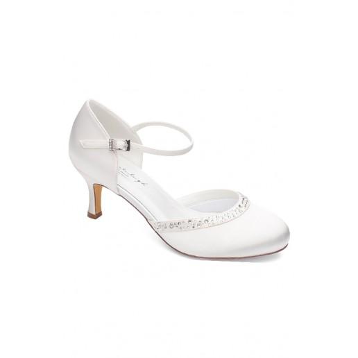 Adele, pantofi de nuntă
