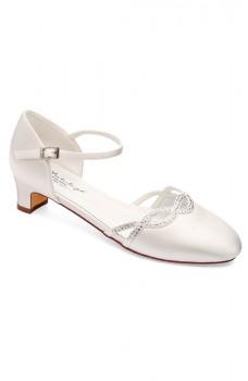 Annie, pantofi de nuntă