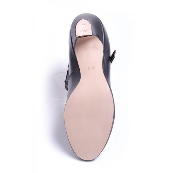 Freed of London Show Shoe, pantofi de caracter